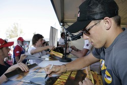 Autograph session for Christian Klien