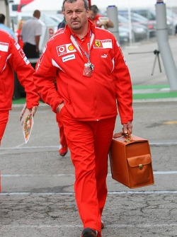Nigel Stepney, Scuderia Ferrari race technical manager