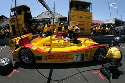 Pitstop for #7 Penske Motorsports Porsche RS Spyder: Timo Bernhard, Romain Dumas