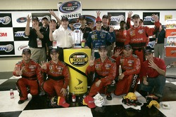 Kasey Kahne celebrates his win with his crew