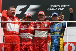 Podium: race winner Michael Schumacher with Ross Brawn, Felipe Massa and Giancarlo Fisichella