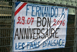 Fans congratulate Fernando Alonso for his birthday