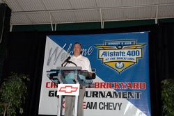 Presentation of the Allstate 400 at the Brickyard Chevrolet Corvette Z06 pace car: Chevrolet general manager Ed Pepper