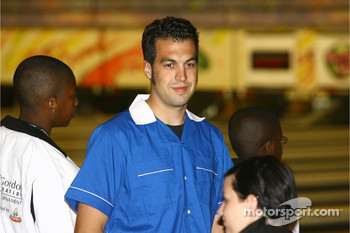 Jeff Gordon Foundation bowling tournament: Sam Hornish Jr.