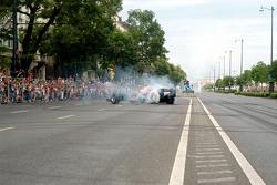 Running bulls rendez-vous in Budapest: Robert Doornbos