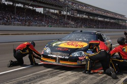 Pitstop for Martin Truex Jr.
