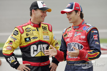 Dave Blaney talks with Jeff Gordon