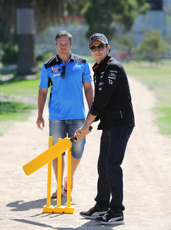 Sergio Perez, Sahara Force India F1 Team, plays cricket in Albert Park with Brad Hodge International Cricket Player