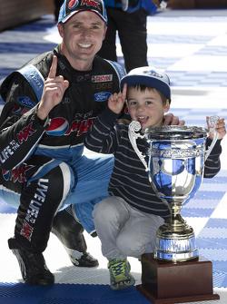 Race winner Mark Winterbottom, Prodrive Racing Australia Ford celebrates