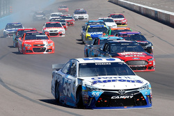 Brian Vickers, Michael Waltrip Racing Toyota in trouble