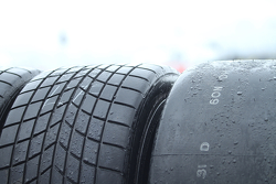 Rain tires and slick tires