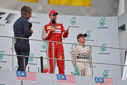 The podium, BBC Television Pundit with race winner Sebastian Vettel, Ferrari