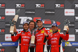 Podium Race 1, 1st position Pepe Oriola, SEAT Leon Team Craft-Bamboo LUKOIL, 2nd position Sergey Afanasyev, SEAT Leon Team Craft-Bamboo LUKOIL and 3rd position Jordi Gene, SEAT Leon, Team Craft-Bamboo LUKOIL with Richard Coleman, Team Manager, Team Craft-