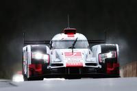 #7 Audi Sport Team Joest Audi R18 e-tron quattro Hybrid Marcel Fassler, Andre Lotterer, Benoit Treluyer