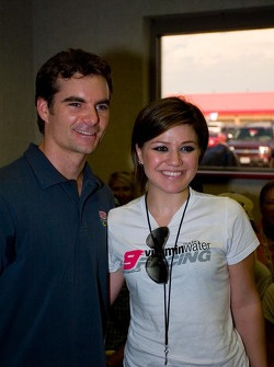 Jeff Gordon and Kelly Clarkson