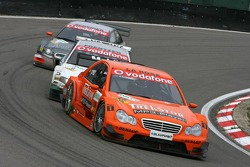 Daniel La Rosa leads Heinz-Harald Frentzen and Timo Scheider