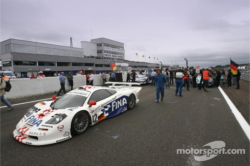 100th FIA-GT race celebration: a McLaren F1 GTR