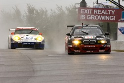 #21 Team PTG BMW E46 M3: Bill Auberlen, Joey Hand;#23 Alex Job Racing Porsche 911 GT3 RSR: Mike Rockenfeller, Marcel Tiemann