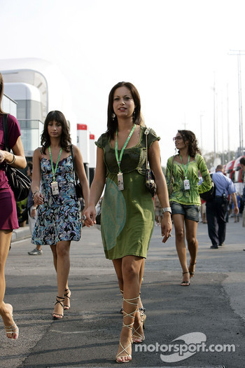 Formula Unas girls Roberta Remoli, Claudia Cimini and Barbara Silva