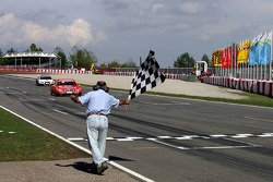 Bernd Schneider takes the second place