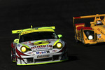 #31 Petersen/White Lightning Porsche 911 GT3 RSR: Jorg Bergmeister, Patrick Long