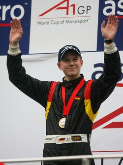 Podium: race winner Nico Hulkenberg