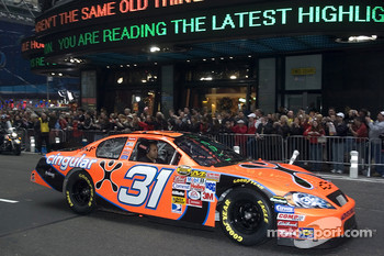 Jeff Burton in the streets of New York for the Victory Lap