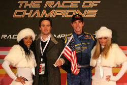 Team USA: Jimmie Johnson with his broken wrist and Travis Pastrana