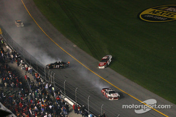 Denny Hamlin, Kasey Kahne and Elliott Sadler keep spinning out of control