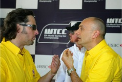 Yvan Muller, SEAT Sport, Seat Leon and Gabriele Tarquini, SEAT Sport, SEAT Leon