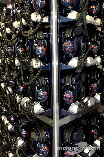 Scuderia Toro Rosso, Headsets