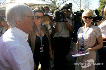 Bernie Ecclestone Dannii Minogue Australian pop-singer and Kylie Minogue, Australian pop-singer