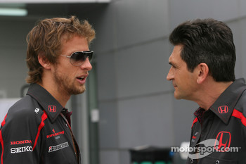 Jenson Button, Honda Racing F1 Team and Jacky Eeckelaert, Honda Racing F1 Team, Chief Engineer ñ Advanced Research Programmes