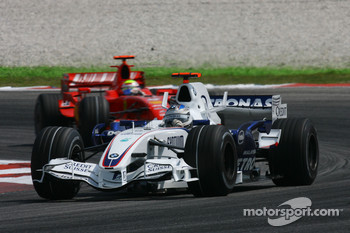 Nick Heidfeld, BMW Sauber F1 Team and Felipe Massa, Scuderia Ferrari, F2007