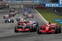 Pace lap: Felipe Massa, Scuderia Ferrari, leads the field