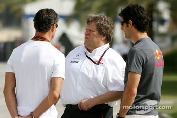 David Coulthard, Red Bull Racing, Norbert Haug, Mercedes, Motorsport chief and Mark Webber, Red Bull Racing