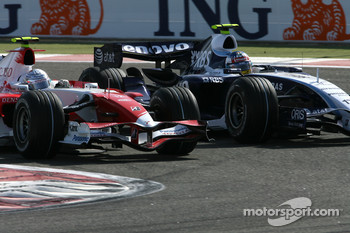 Jarno Trulli, Toyota Racing, TF107, Alexander Wurz, Williams F1 Team, FW29
