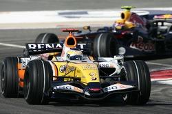 Giancarlo Fisichella, Renault F1 Team, R27, Mark Webber, Red Bull Racing, RB3