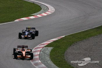 Christijan Albers, Spyker F1 Team, Mark Webber, Red Bull Racing
