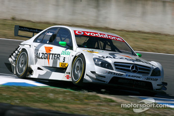 Jamie Green, Team HWA AMG Mercedes, AMG Mercedes C-Klasse, flying over the kurbes