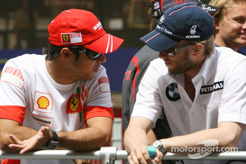 Felipe Massa, Scuderia Ferrari and Nick Heidfeld, BMW Sauber F1 Team