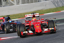 Esteban Gutierrez, Ferrari Test and Reserve Driver running sensor equipment