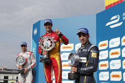 Podium: winner Lucas di Grassi, second place Jérôme d'Ambrosio, third place Sébastien Buemi