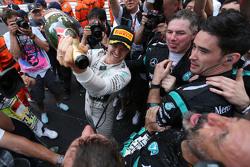 Winner Nico Rosberg, Mercedes AMG F1 Team