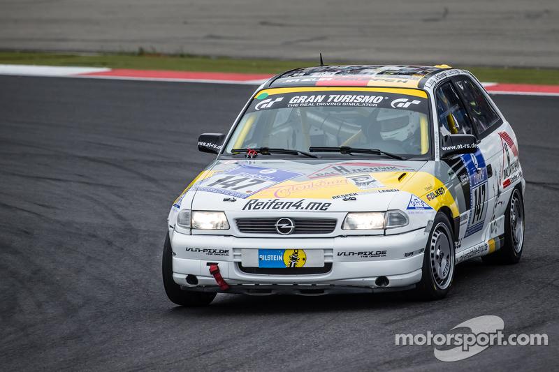 #147 MSC Adenau e.V. in ADAC Opel Astra Gsi: Tobias Jung, Jessica Schüngel, Ulrich Schüngel, Jörg Morth