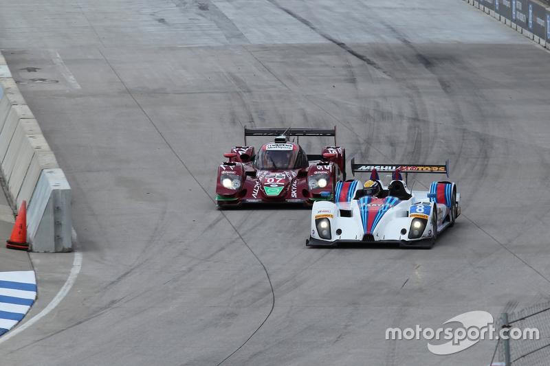 #07 SpeedSource Mazda Prototype: Joel Miller, Tom Long en #8 Starworks Motorsport ORECA FLM09: Renger van der Zande, Mirco Schultis