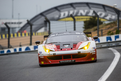 Formula车队66号法拉利458 GTE:约翰尼·劳尔森、米克尔·麦克、安德烈·里佐利