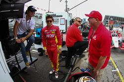 Dario Franchitti, Sebastian Saavedra, Chip Ganassi Racing Chevrolet and Paul Tracy