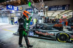 Pit stop for #30 Extreme Speed Motorsports Ligier JS P2: Scott Sharp, David Heinemeier Hansson, Ryan Dalziel