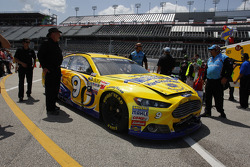 Wrecked car of Sam Hornish Jr., Richard Petty Motorsports Ford